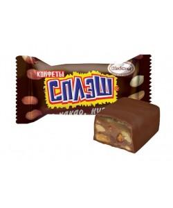 """""""Сплэш"""" с какао, нугой и арахисом"""